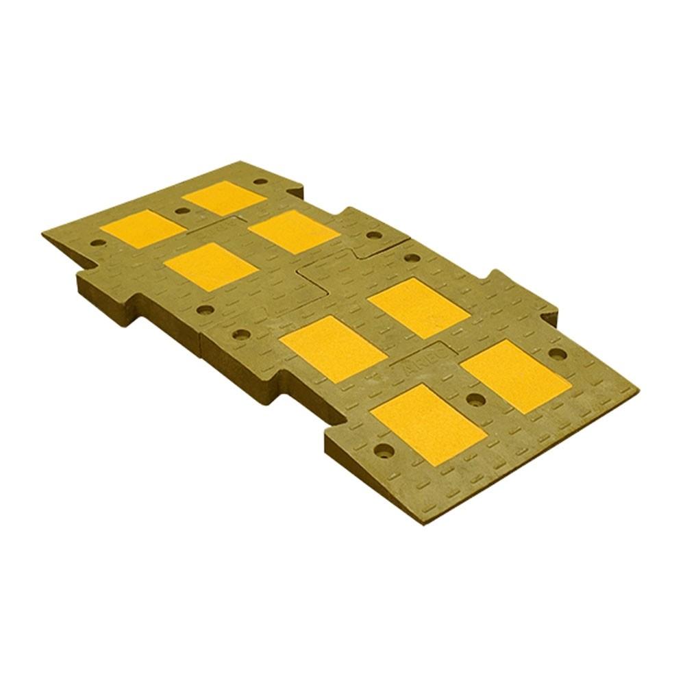 Искусственная дорожная неровность 1100 средняя часть желтого цвета (состоит из 2-х частей)